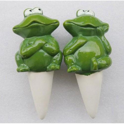 Frog Watering Spike